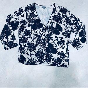 ANN TAYLOR | 3/4 sleeve | Black/White Floral Cardi